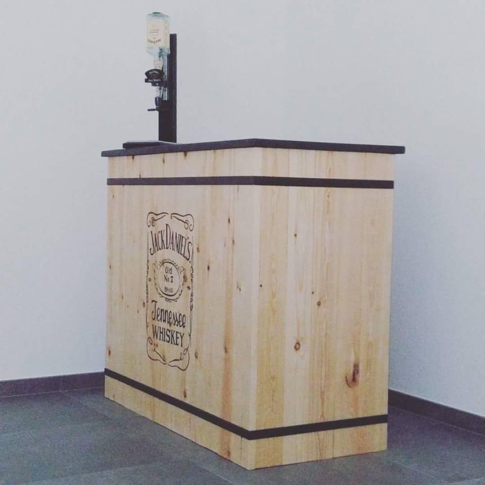 Midi20 bar JackDaniel's
